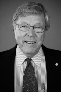 Dr. Anders Tjellström